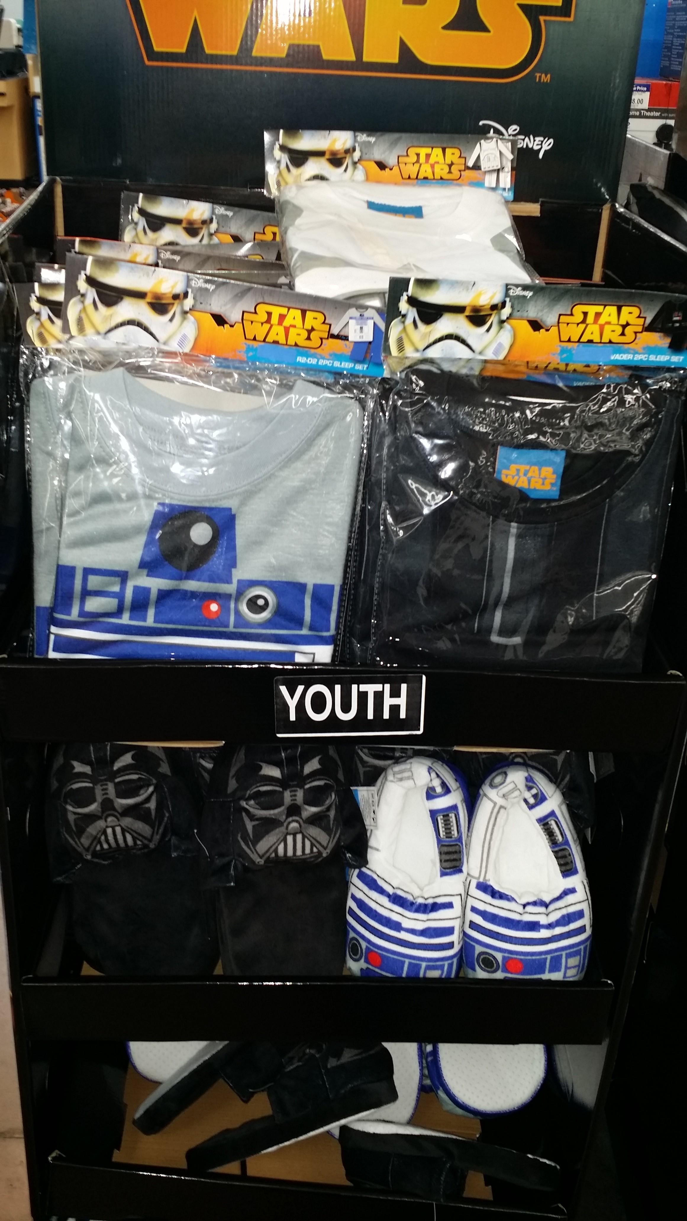Star Wars Toys Walmart : New star wars items at walmart yodasnews