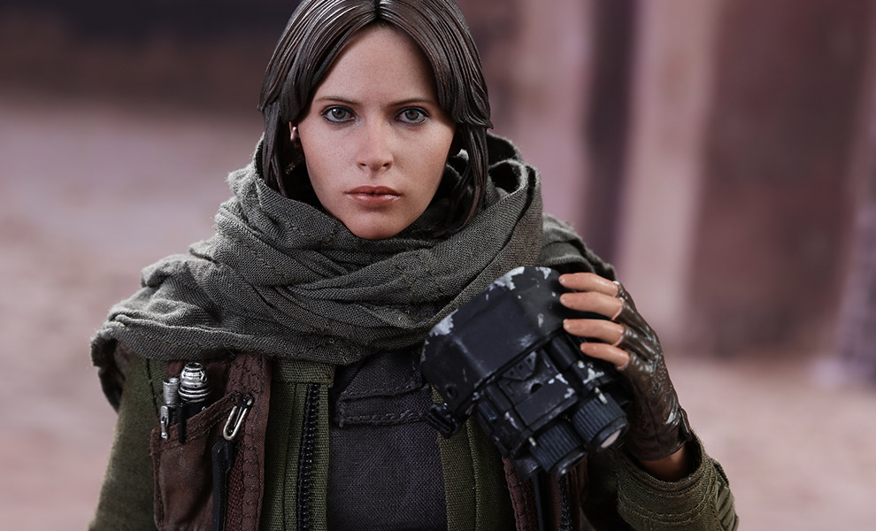 star-wars-rogue-one-jyn-erso-deluxe-version-sixth-scale-hot-toys-feature-902919